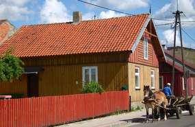 Drewniane domy w Janowie