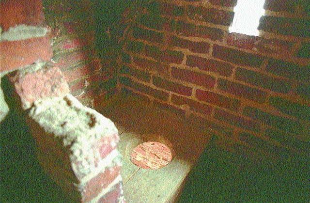 Olsztyn: toaleta Kopernika - full image