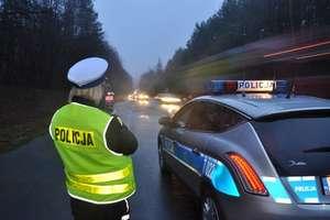 Wyższe mandaty za łamanie przepisów ruchu drogowego? [SONDA]