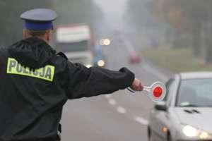 Drogowe podsumowanie weekendu: pijani kierowcy plagą na drogach Olsztyna i powiatu