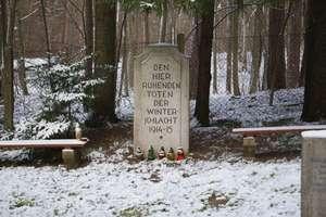 Ruciane - Nida: zabytkowy cmentarz