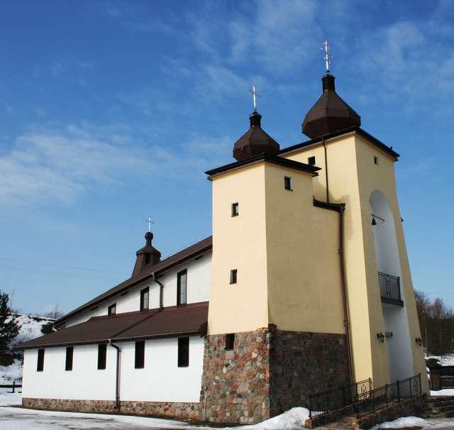 Kruklanki: cerkiew greckokatolicka - full image