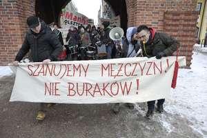 """20. Manifa pod hasłem: """"To my jesteśmy rewolucją. Dość litości dla przemocowych gości"""""""