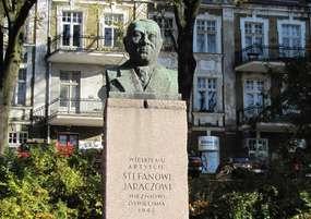 Pomnik Stefana Jaracza w Olsztynie