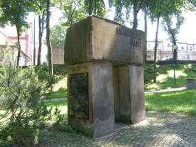 Pomnik Immanuela Kanta w Gołdapi