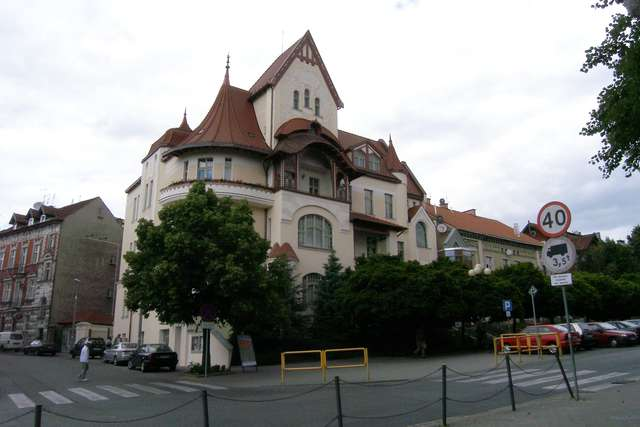 Miejski Ośrodek Kultury w Olsztynie wznawia działalność i otwiera obiekty - full image