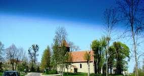 Kościół w Bażynach z XIV wieku