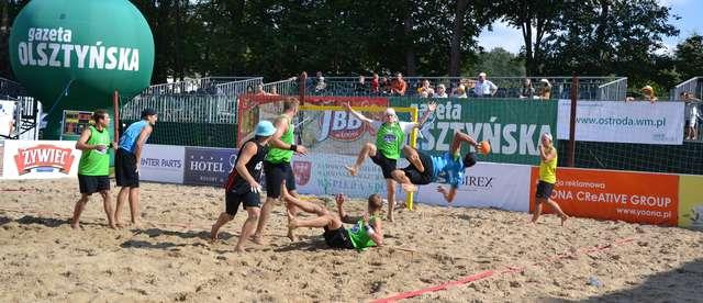 Stare Jabłonki trzeci raz były gospodarzem mistrzostw Polski w plażowej piłce ręcznej - full image