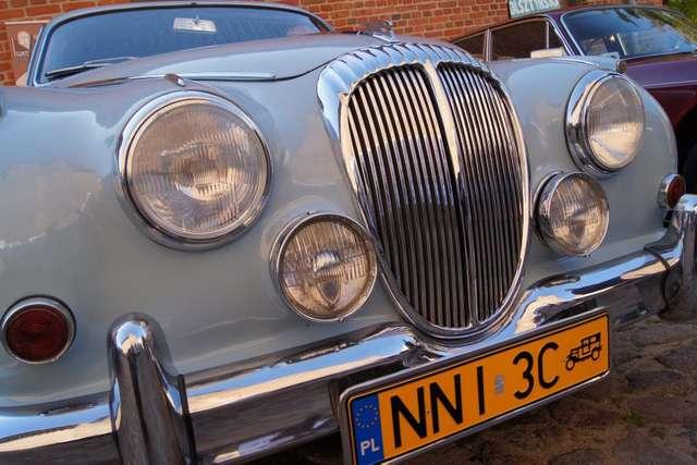 III Rajd Napoleoński i zabytkowe samochody w Olsztynie - full image