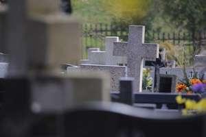 Gang porywaczy ciał okrada cmentarze na północy