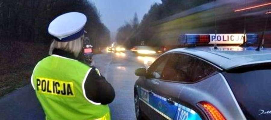 Od 21 grudnia na drogach przebiegających przez Mazowsze doszło do 11 wypadków drogowych. Zginęły trzy osoby, 18 jest rannych
