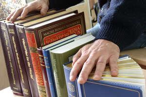 Wypożyczanie książek przez telefon