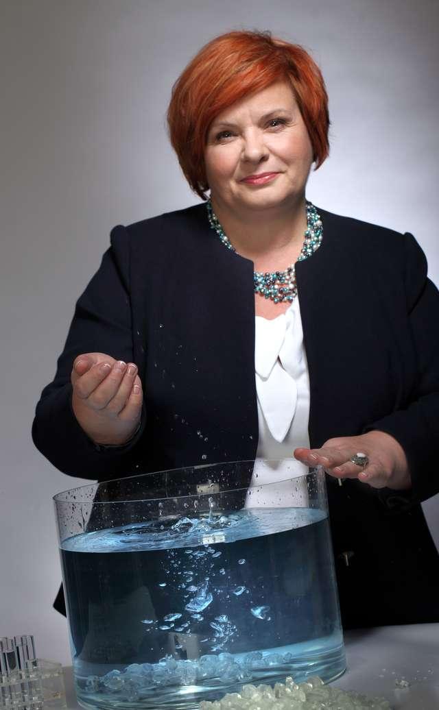 Zofia Czechowicz: Tkaniny prane w twardej wodzie szybciej się niszczą - full image