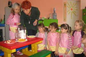 Warsztaty kulinarne pięciolatków z przedszkola samorządowego