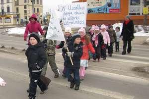 """""""Miś Uszatek"""" wyszedł na ulice z ekologiczną akcją"""