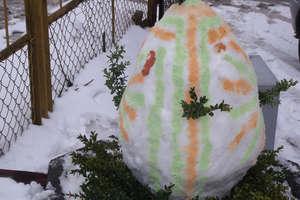 Pisanka ze śniegu