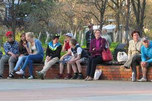 Artystyczne Spotkania w Parku Helwinga