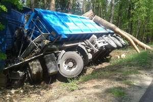 Ciężarówką do rowu