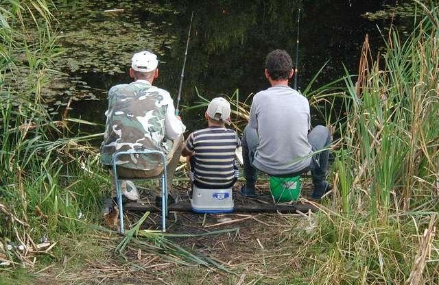Aby wziąć udział w zawodach trzeba posiadać sprzęt wędkarski — siatkę do przechowywania ryb oraz wędkę