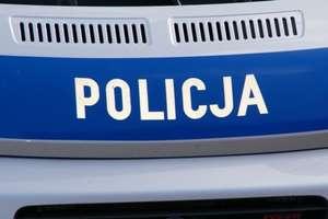 Pijany zajechał motocyklem pod sklep, za nim policja