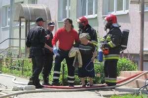Pożar w Ostródzie. Ewakuowani wszyscy mieszkańcy bloku