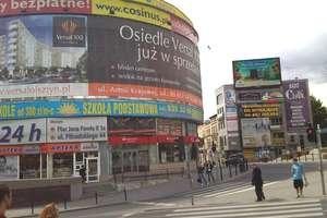 Reklama z Olsztyna najbardziej szpetnym nośnikiem reklamowym