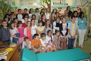 Uczniowie SP3 uzbierali 1700 zł dla oddziału dziecięcego w Gołdapi
