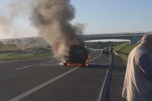 Na siódemce spłonęło BMW
