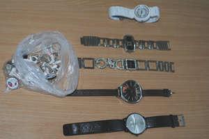 Udaremnili sprzedaż podrobionych towarów na kwotę 15 tysięcy złotych