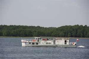 Warszawiacy na wakacjach. Ukradli pontony, zapłacą 1000 zł