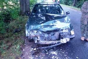 Dwa wypadki. Ranny kierowca w szpitalu