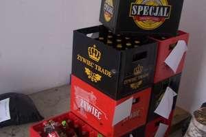 Nastolatki włamały się do baru i ukradły 300 butelek piwa