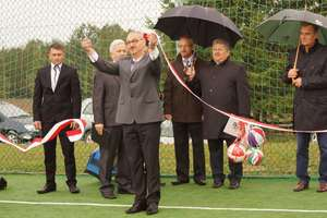 W Rumianie powstało wielofunkcyjne boisko