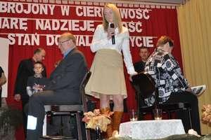 Ogień kultury zapłonął na scenie w Wojciechach