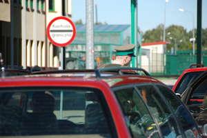 Kolejki na przejściach granicznych na Warmii i Mazurach