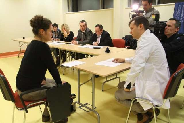 Symulujący pacjenci na uniwersytecie - full image
