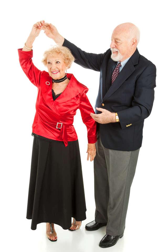 Seniorze, wyjdź z domu! - full image