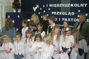Uczniowie kolędowali w Kozłowie
