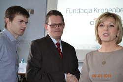 Na zdjęciu prelegenci: dr Tomasz Wszeborowski, mgr Agnieszka Rumak i Tomasz Gabryś