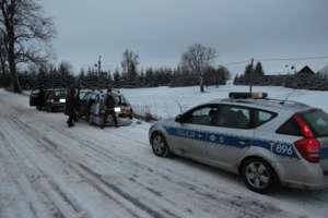 Zderzenie autobusu PKS z samochodem osobowym koło Ostródy