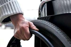 Jesteś osobą niepełnosprawną? Możesz otrzymać pomoc w poruszaniu się lub edukacji