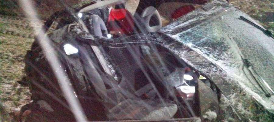 Zniszczony samochód pani Anny