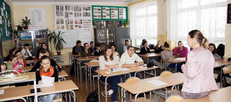 Pracownicy WUP przybyli, by przekazać uczniom wiedzę o wymogach współczesnego rynku pracy