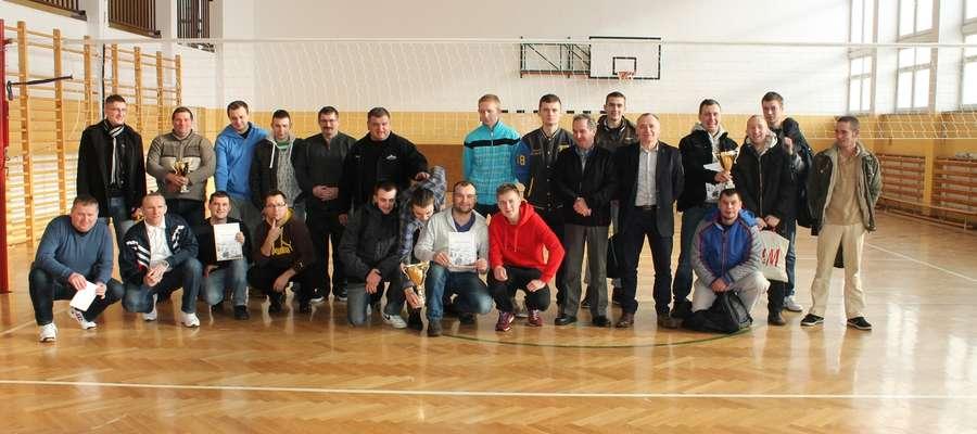 Strażacy z Gralewa mistrzem gminy w piłce siatkowej