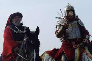 Konno w rycerskich zbrojach pojadą do Watykanu
