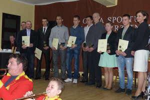 Odznaki, nagrody i wyróżnienia dla zasłużonych sportowców