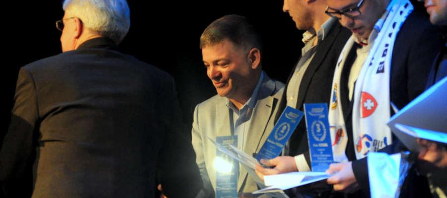Janusz Kriger wygrał plebiscyt na najpopularniejszego sportowca rozgrywek amatorskich MOSiR