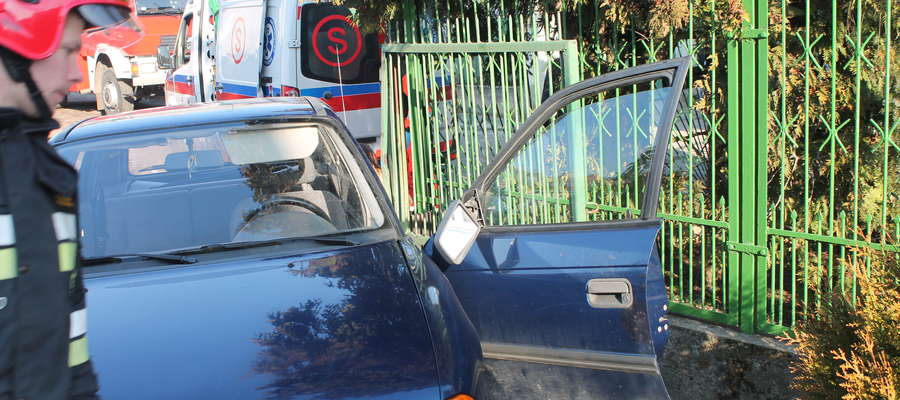 Opel został uszkodzony w dość dziwnych okolicznościach
