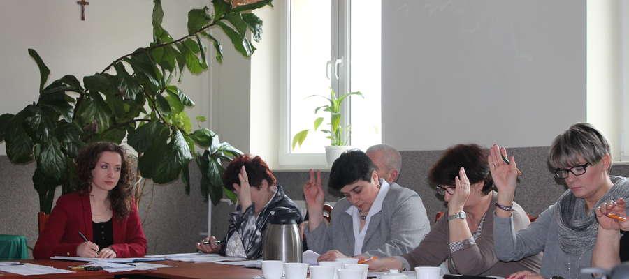 Radni uchwalili regulamin karniewskiego stadionu