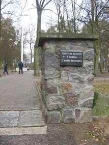 Cmentarz wojenny w Ostródzie
